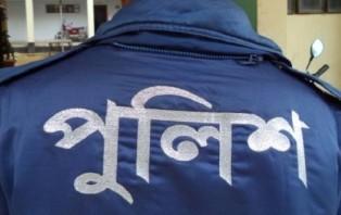 ঝিনাইদহে ঈদের আনন্দকে উপেক্ষা করে পুলিশের চেকপোস্ট